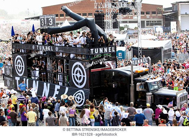 Loveparade 2010, a float called Tunnel, huge crowds celebrate before many revellers are crushed to death in tragic tunnel accident, Duisburg, Ruhr Area