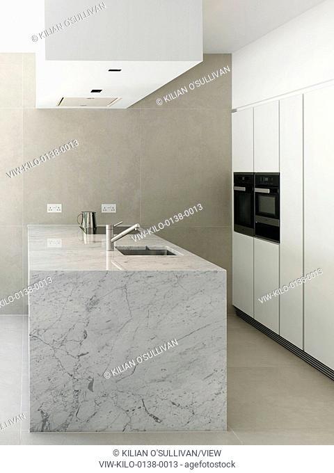 Kitchen. Bloomsbury House, london, United Kingdom. Architect: Stiff + Trevillion Architects, 2014