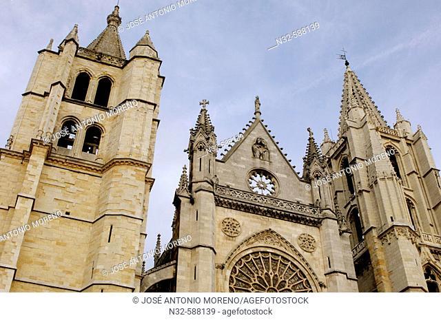 Gothic Cathedral of Santa Maria de la Regla, León. Castilla-León, Spain