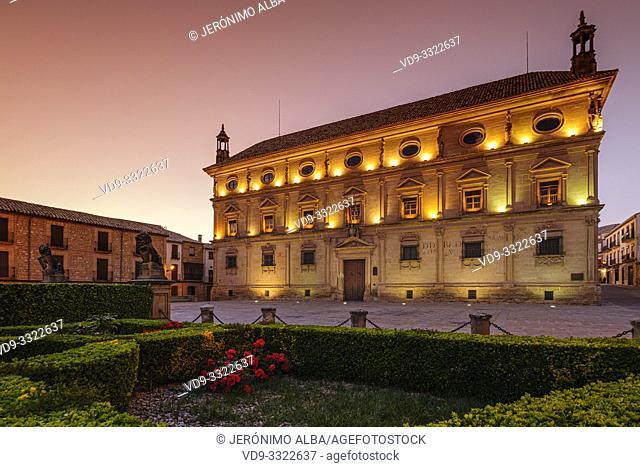 Town Hall, Palacio de las Cadenas by architect Andrés de Vandelvira in plaza Vazquez de Molina. Ubeda, Jaén province. southern Andalusia. Spain Europe