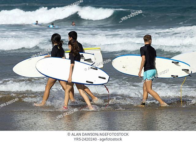 Surf school on La Cicer beach, Playa de Las Canteras, Las Palmas, Gran Canaria, Canary Islands, Spain