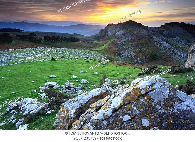 Mount Cerredo in the evening, Castro Urdiales, Cantabria, Spain