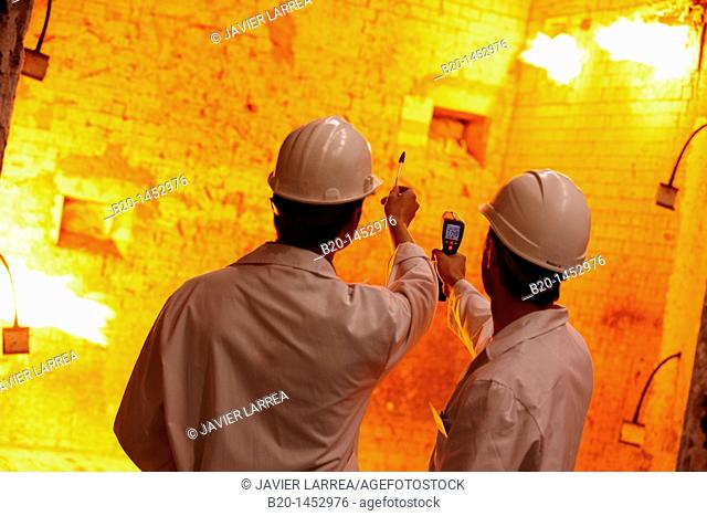 Taking temperature, fire resistance test, Technology Research Center, Tecnalia Construction, CIDEMCO-Tecnalia Research & Innovation