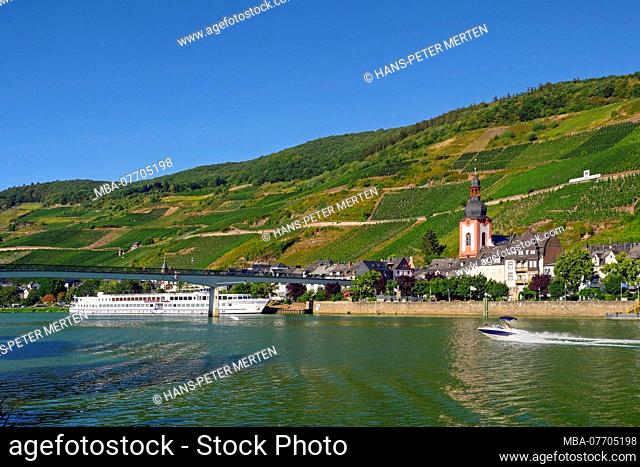 Zell with St. Peter church, Moselle valley, Rhineland-Palatinate, Germany