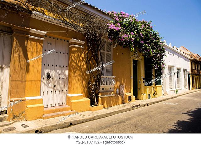Colonial houses in the ancient walled city of Cartagena de Indias. UNESCO's historical patrimony of humanity. Cartagena, Colombia