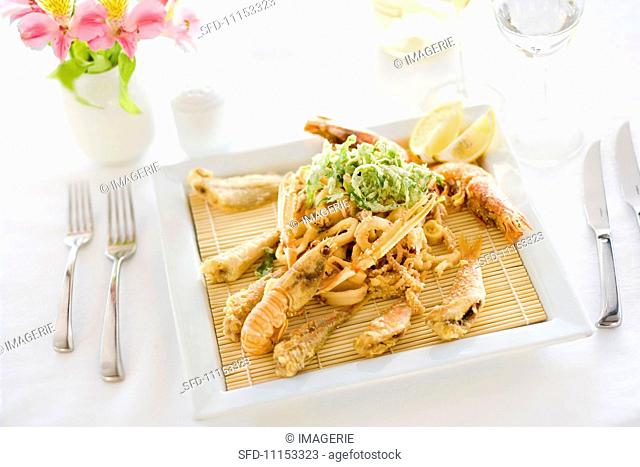 Tempura di pesce e crostacei (fish and crustacean tempura)
