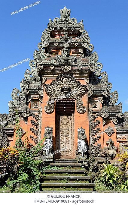 Indonesia, Bali, Ubud, temple door