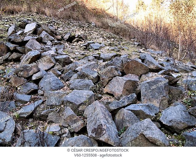 -Extracción de Granito de la Cantera de la Muerte- Mauthausen (Austria)