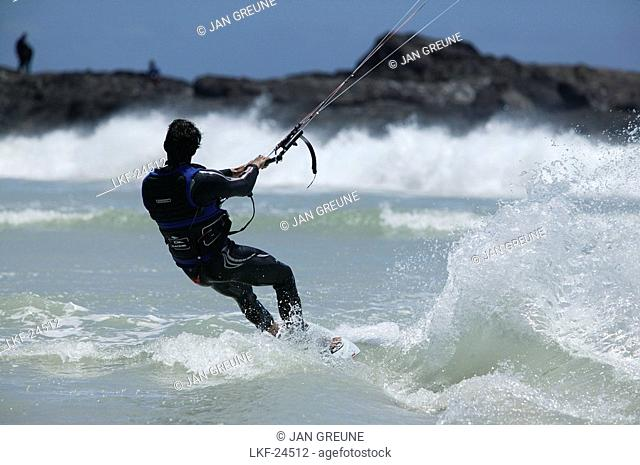 Kite Surfer, Bloubergstrand, Western Cape, South Africa