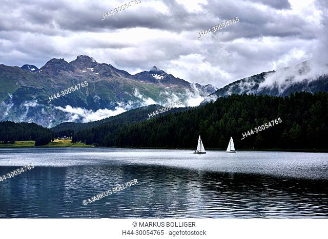 Saint Moritz, lake, Graubünden, the Engadine, Ley there San Murezzan, Oberengadin, sail boat, sailing, waters, clouds, cloud-overcast, scenery, sea scenery
