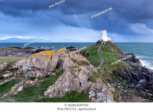 Lighthouse cliff step Stock Photos and Images | age fotostock