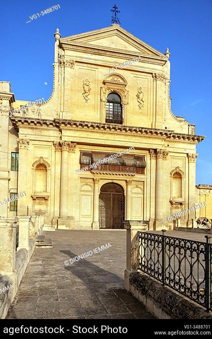 Noto, Syracuse district, Val di Noto, Sicily, Italy, Europe, facade of the Basilica of San Salvatore
