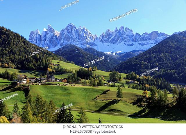 Europe, Italy, Trentino-Alto Adige, Alto Adige, Bolzano province, Dolomites, Santa Magdalena, St. Maddalena, Funes Valley, Odle, Puez-Geisler Nature Park