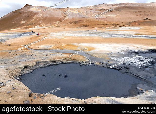 Namafjall, fumarole, solfataras, hot mud pots or mud bubbles in Northern Iceland, Hverir, Hverarond, Myvatn Region, Hveraroend