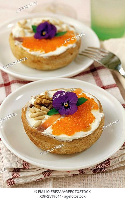 Caviar tartlets with pine nuts