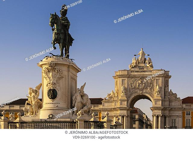 Statue of King Jose I. Triumphal Arch of Rua Augusta, Commerce Square. Lisbon, Portugal. Europe