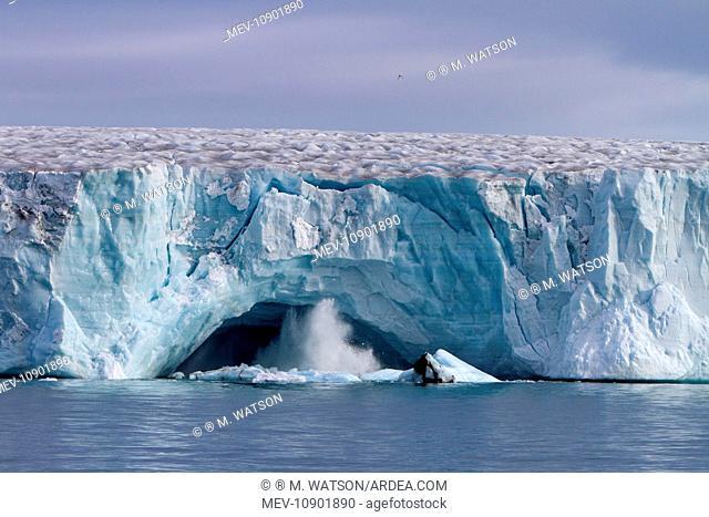 Brasvell's Glacier. Nordaustlandet, Spitzbergern, Svalbard, Norway