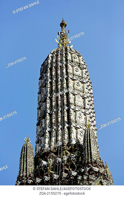 Stupa of the Temple wat arun in Bangkok, Thailand