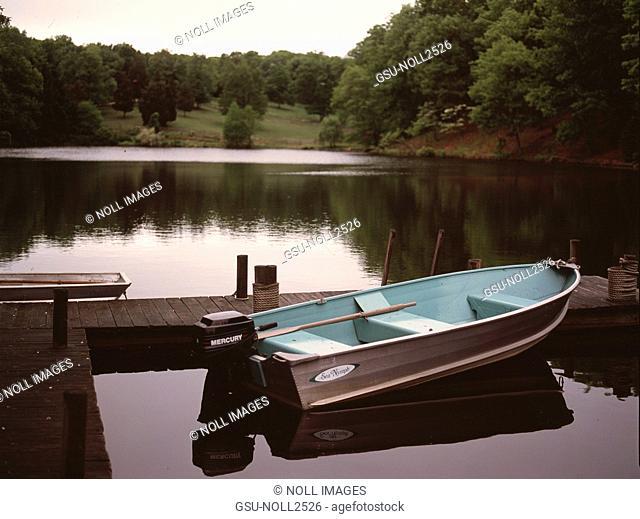 Boat, Docked, Lake