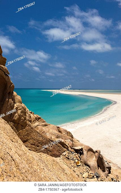 Sand bar on the seaward edge of Ditwah lagoon near Qalansiyah, Socotra island, listed as World Heritage by UNESCO, Yemen, Arabia, West Asia