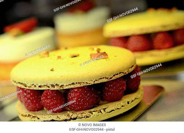 Pistachio Macarons with Raspberries