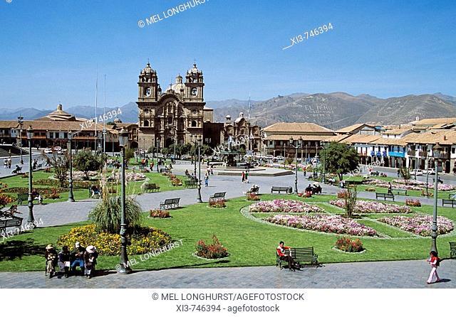 Looking across Plaza de Armas to Iglesia La Compania de Jesus, Cusco, Peru