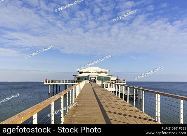 Seeschlößchen with restaurant Wolkenlos, Timmendorfer Strand / Timmendorf Beach along the Baltic Sea, Ostholstein, Schleswig-Holstein, Germany