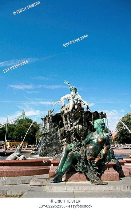 Neptunbrunnen auf dem Alexanderplatz