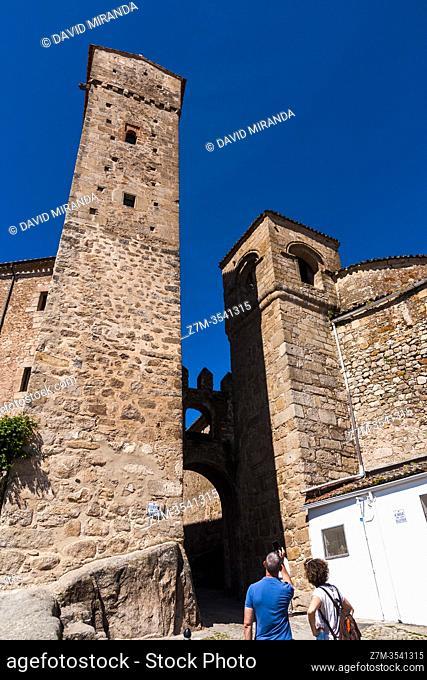 Puerta de Santiago. Trujillo. Cáceres. Extremadura. España