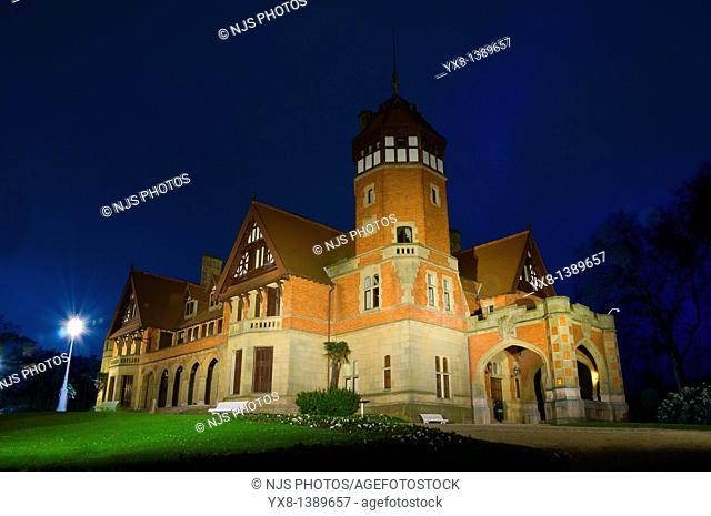 Night view of Miramar Palace, Donostia-San Sebastian, Gipuzkoa, Basque Country, Spain, Europe