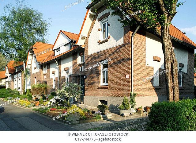 Germany, Oberhausen, Ruhrgebiet, Nordrhein-Westfalen, NRW, Oberhausen-Osterfeld, Siedlung Stemmersberg, Westerwaldstrasse