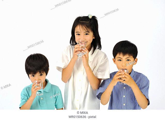 Children gargling