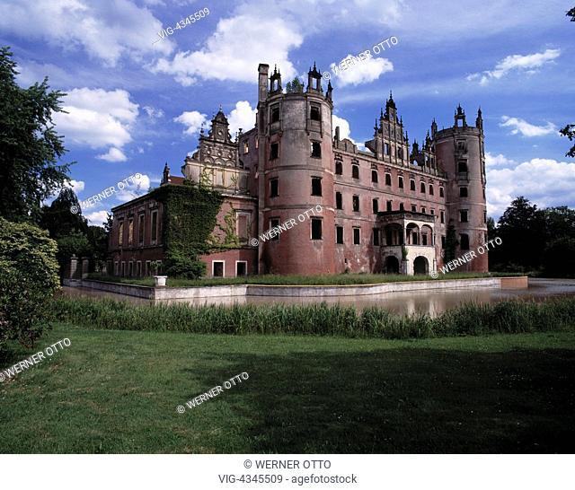 D-Bad Muskau, Neisse, Oberlausitz, Sachsen, Neues Schloss, Schlossruine, Landschaftspark, Fuerst von Pueckler-Muskau-Park, D-Bad Muskau, Neisse, Upper Lusatia