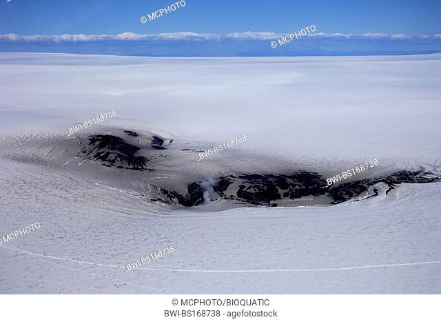 The Grimvotn volcanic outlets on the Vatnajokull icecap, south-east Iceland, Iceland, Skaftafell National Park