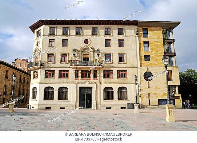 Historic building, Plaza Alfonso II, Oviedo, Asturias, Spain, Europe