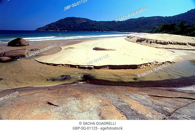 Parnaioca Beach, Ilha Grande, RJ