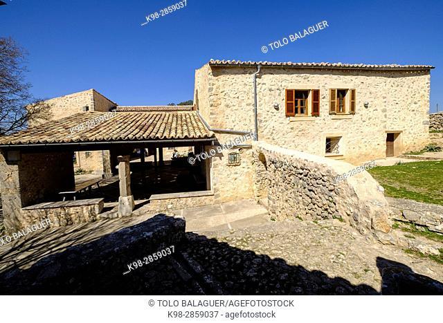 posada del Castillo de Alaró , ubicado en el Puig d'Alaró, con una altitud de 822 m, sierra de Tramuntana, Mallorca, balearic islands, spain, europe