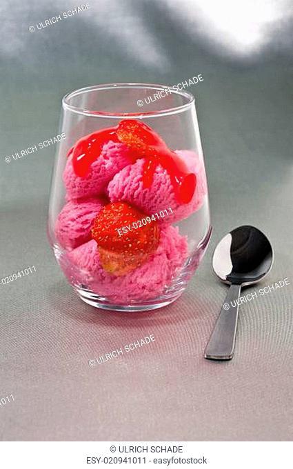 Strawberry and Ice cream dessert