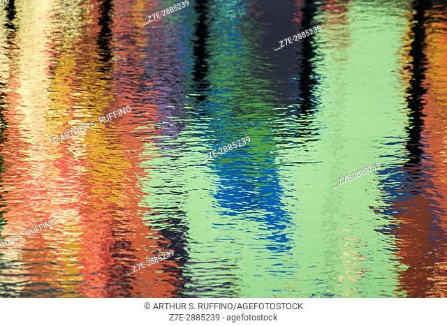 Water canvas for the impressionist painter