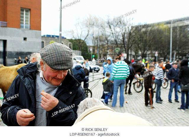 Republic of Ireland, Dublin, Smithfield Horse Market, Buyers at Smithfield Horse Market in Dublin