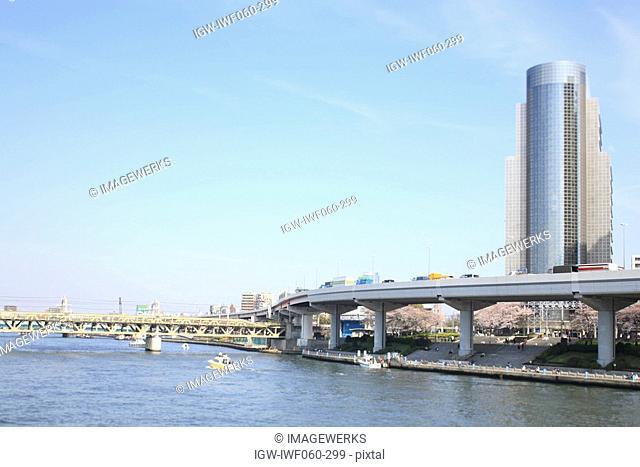 Japan, Tokyo Prefecture, Sumida Ward, Metropolitan Expressway over Sumida River
