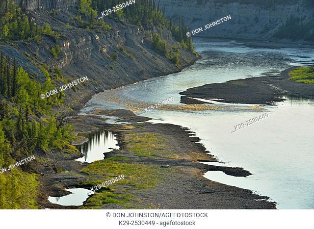 Hay River gorge, Twin Falls Territorial Park, Northwest Territories, Canada