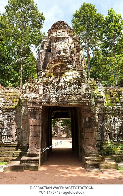 Entrance gate to Ta Som built at the end of the 12th century for King Jayavarman VII, Angkor Wat complex, Siem Reap, Cambodia, Southeast Asia, Asia