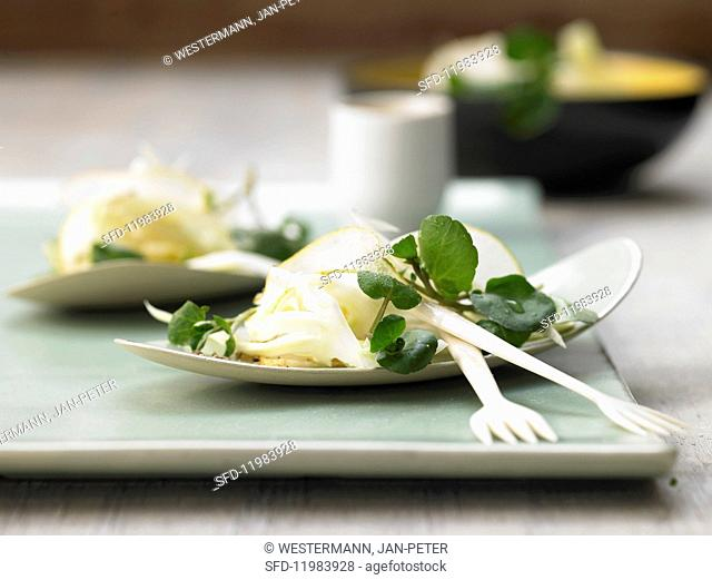 Pear salad with fennel and watercress