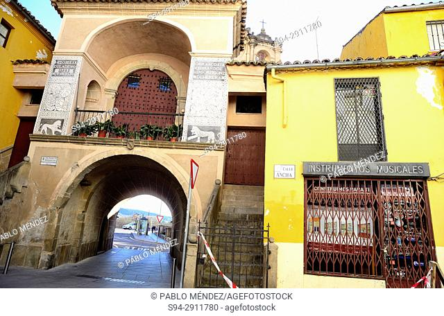 Trujillo gate. Walls of Plasencia, Caceres, Spain
