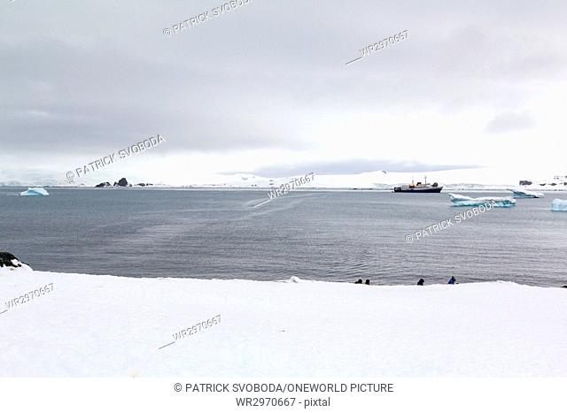 Antarctica, country tour on the continent of Antarctica