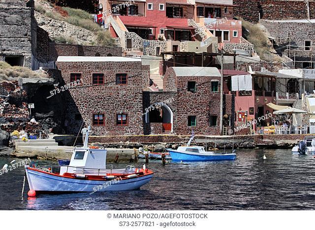 Harbour of Ammoudi, Oia, Santorini, Greece