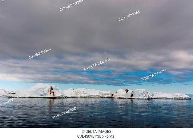 Arctic ocean icebergs, Vibebukta, Austfonna, Nordaustlandet, Svalbard, Norway