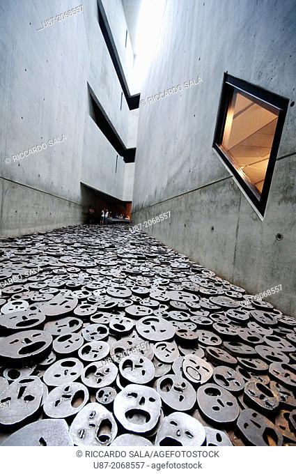 Germany, Berlin, Jewish Museum, by Daniel Libeskind, Memory Void Room, Installation, Shalechet Fallen Leaves by Menashe Kadishman