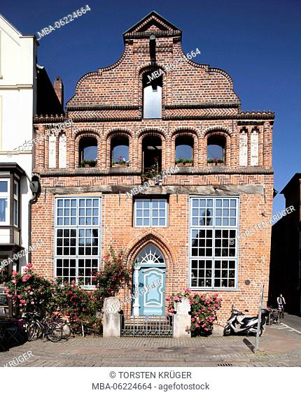 Historic house facade at 'Stintmarkt', Old Town, Lüneburg, Lower Saxony, Germany, Europe
